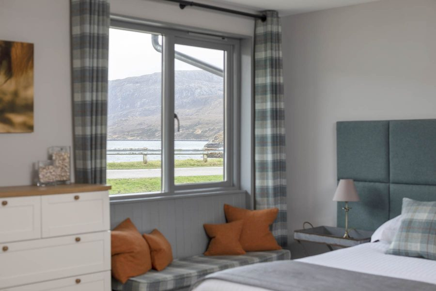 Room 9, window seat, loch view